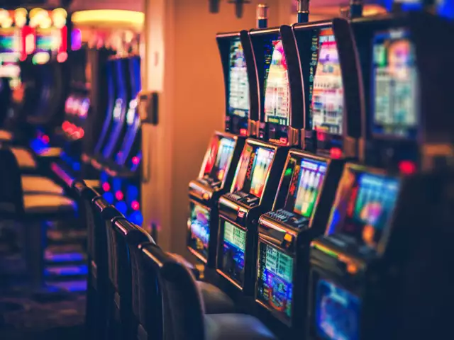 Enjoy Best Experience While Play Casino Games